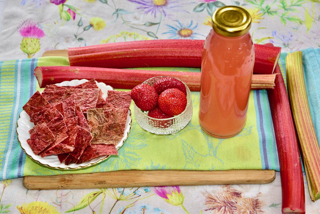 Kuidas valmistada tervislike suhkruvabu kompotte, moose, mahlasid, hoidiseid Golden Stevia suhkruasendajaga?