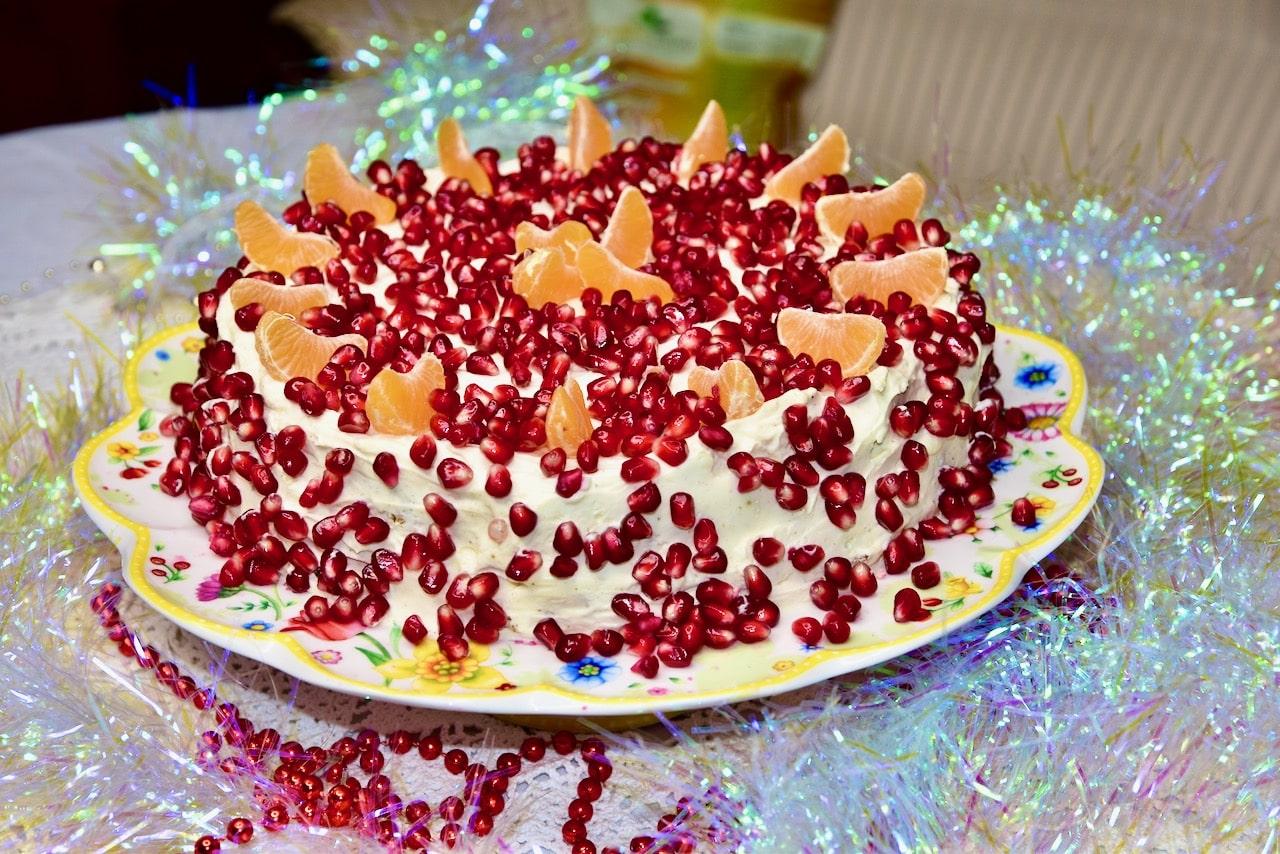 Keto toorjuustu vahukoore tort mandlibiskviidiga