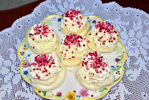 diabeet Sugar free Pavlova Suhkruvaba Golden Stevia Gluten free Keto freindly Low Carb, Diabetic