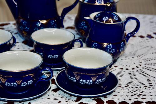 Sinine portselanist kohviserviis 4 tassi, koorekann, kohvi kann ja suhkrutoos