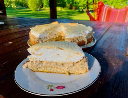Gluteenivaba, Keto Rabarberikook Mandlijahu biskviidi, hapukoore ja suhkruvaba besee kattega
