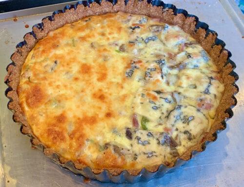 Gluteenivaba Quiche Madalate Süsivesikutega Keto Seene Suitsukana Porru – Prantsuse soolane kook