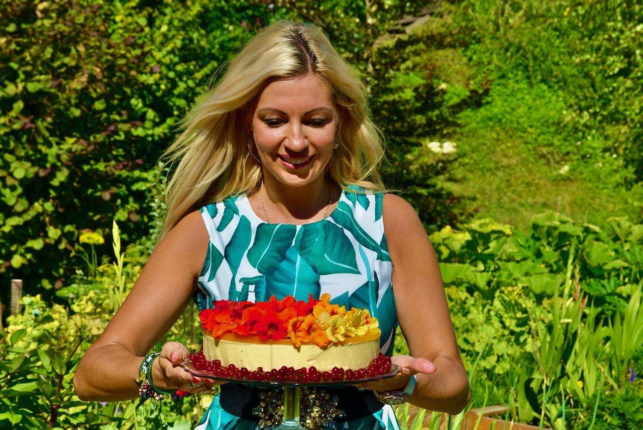 Annika Urm on loonud täiesti uue suhkruvaba gluteenivaba low carb ehk madalate süsivesikutega toidumaailma!