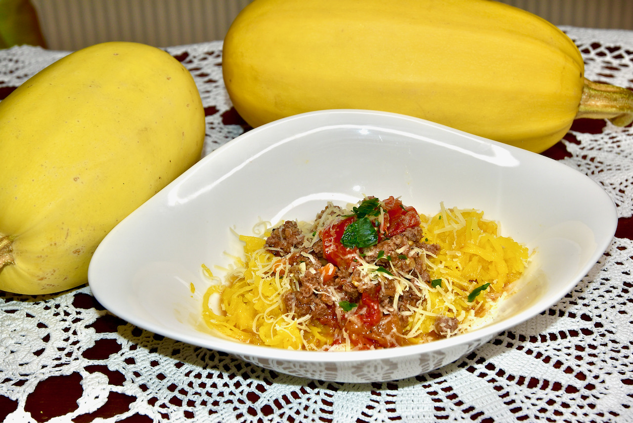 spaghetti squash Spagetikõrvitsa pasta Bolognese- Gluteenivaba, Low Carb, Keto ja diabeedi sõbralik!