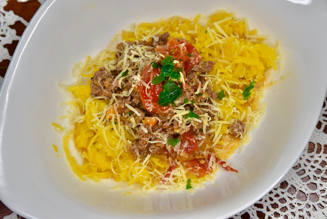Ing.k Spaghetti Squash Spagetikõrvitsa pasta Bolognese- Gluteenivaba, Low Carb, Keto ja diabeedi sõbralik!